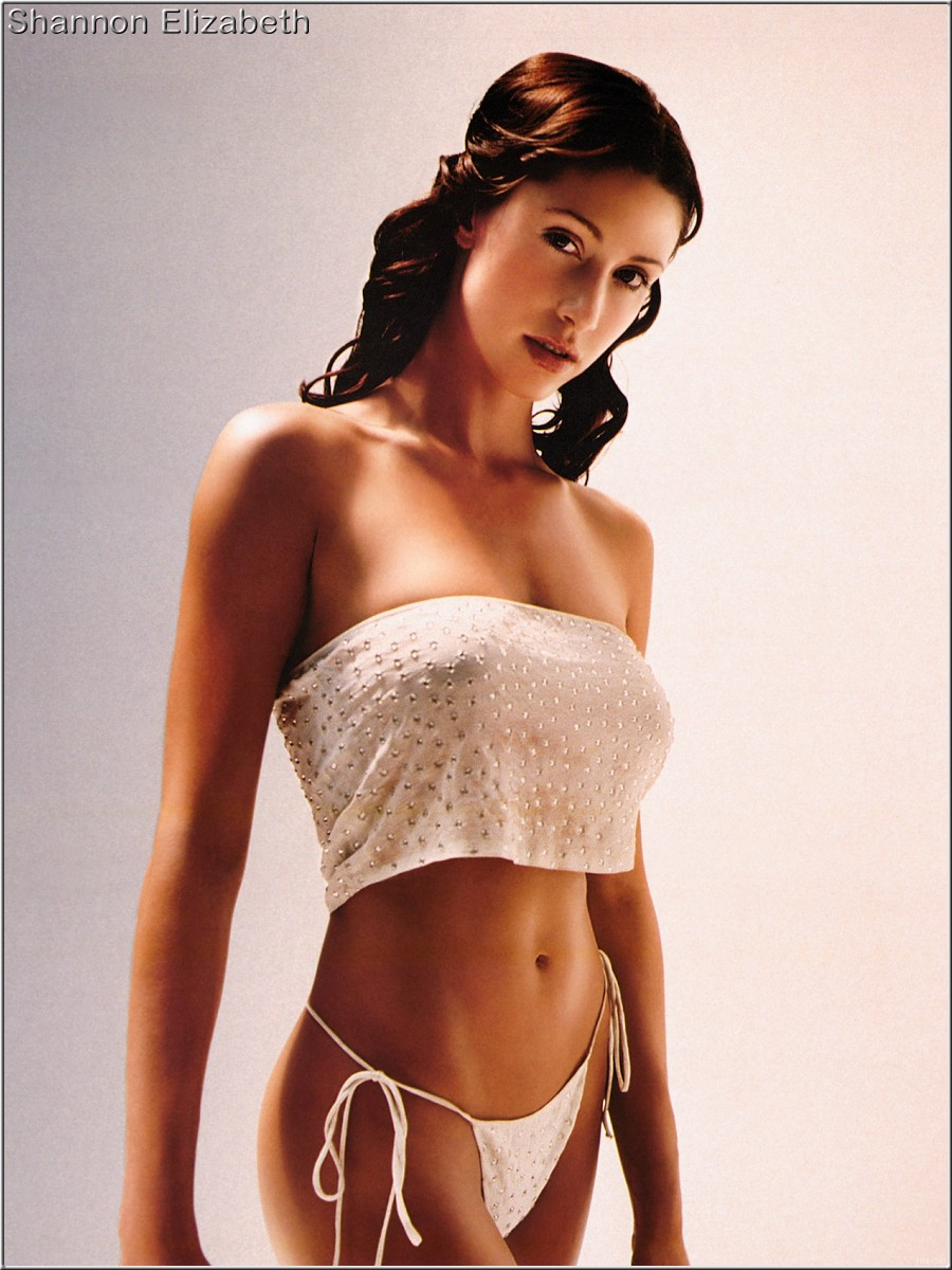 Shannon Elizabeth - Photo Colection